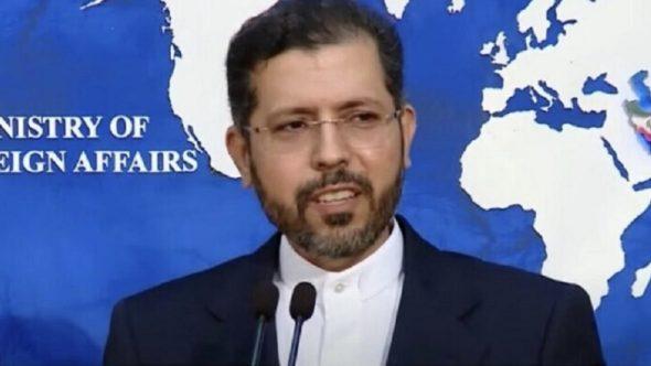 طهران ترد بقوة على مقترح ماكرون إدراج الرياض في الاتفاق النووي