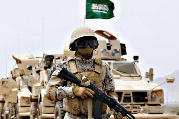 قوة عسكرية سعودية مدججة با السلاح  تصل أبين في طريقها إلى قاعدة العند