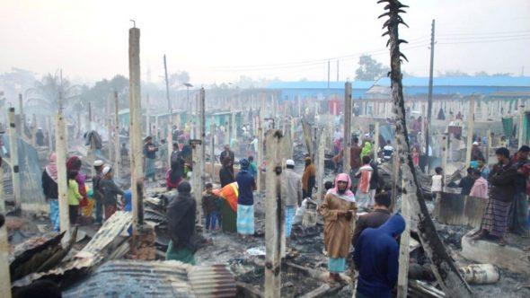 الأمم المتحدة: حريق يدمر منازل آلاف اللاجئين الروهينغا في بنغلاديش