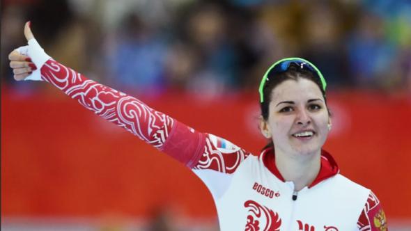 الرياضيون الروس يتوجون بالبطولات الدولية بعد قرارالحرمان