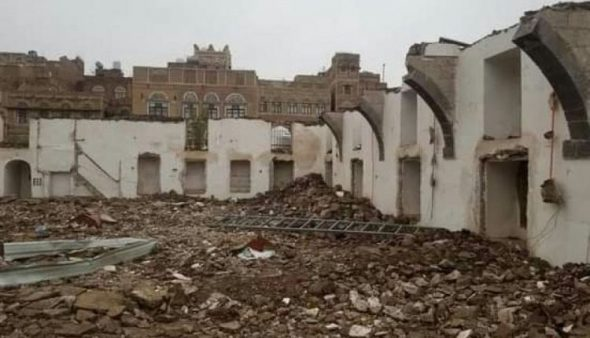 هدم مسجد الأبهر التاريخي في صنعاء القديمة ..وتوجيهات عليا بضبط المتورطين
