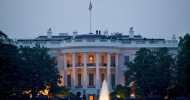 بعد تهديده لصحفية.. البيت الأبيض يقبل استقالة أحد متحدثيه