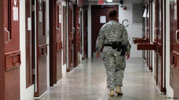 البيت الأبيض يؤكد نية بايدن إغلاق معتقل غوانتانامو