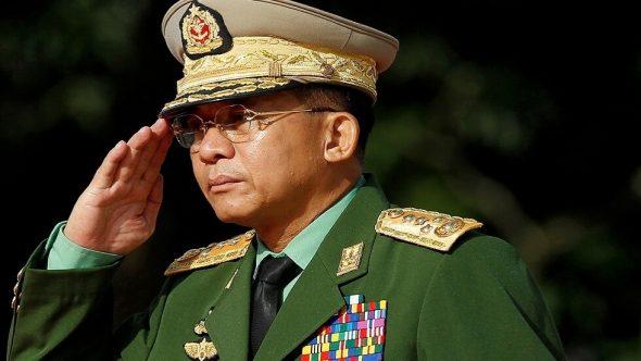 """جيش ميانمار يسلم السلطة لجنرال متهم بـ""""بجرائم وانتهاكات حقوق الإنسان """" ضد الروهينغا"""