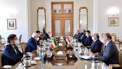 ظريف يدعو بغداد للكشف عن منفذي الهجمات على المصالح الغربية في العراق