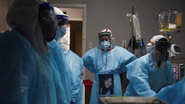 وفاة أكثر من 3600 عامل صحي أمريكي في العام الأول لكورونا