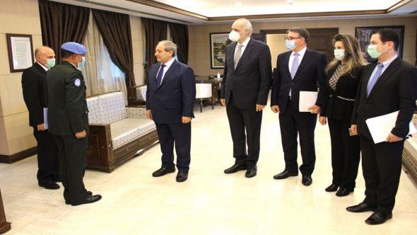 """المقداد يلتقي قائد """"الأندوف"""": تأكيد على دعم القوة الأممية لمراقبة اتفاقية الفصل"""
