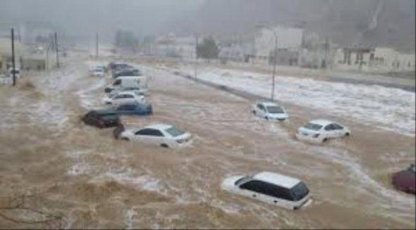 13 شخص بينهم أطفال حصيلة أولية لضحايا السيول في اليمن