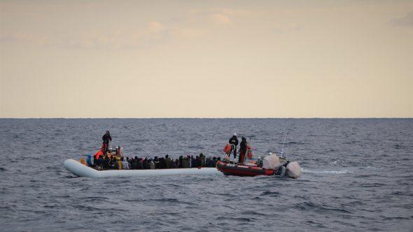 ليبيا.. خفر السواحل ينقذ أكثر من 600 مهاجر في اليومين الماضيين