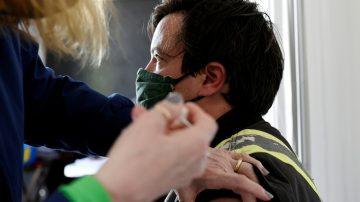الولايات المتحدة.. الجرعات المعززة للقاح كورونا مجانية