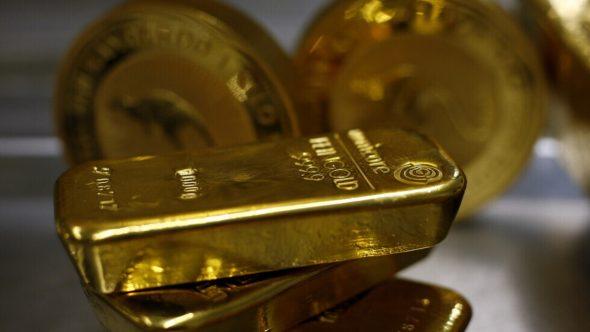 كورونا وسندات الخزانة الأمريكية يمنحان الذهب دفعة إلى الأمام